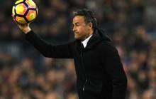 Enrique thừa nhận Barcelona dần xa chức vô địch