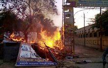 Ấn Độ: Dân và cảnh sát đụng độ, 24 người chết