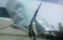 Va vào cột đèn Tân Sơn Nhất, máy bay rách đuôi, hỏng bánh lái
