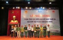 HVN tiếp tục trao tặng mũ bảo hiểm tại Tuyên Quang