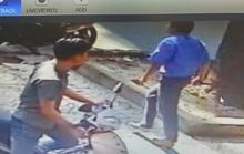 TP HCM: Cãi nhau, tài xế xe buýt đâm người rồi thản nhiên bỏ đi