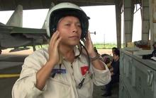 Phi công Trần Quang Khải được thăng quân hàm Đại tá