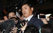 Lộ diện người đàn ông sau lưng bạn của tổng thống Hàn Quốc