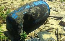 Phát hiện hàng trăm tấn rác nghi của Formosa trong trang trại