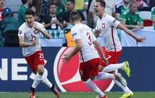 """""""Đại bàng trắng"""" giành chiến thắng đầu tay ở Euro"""