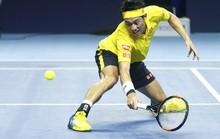 Nishikori thắng trận 300, Djokovic vượt ải đầu ở Paris Masters