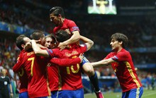 Đè bẹp Thổ Nhĩ Kỳ 3-0, Tây Ban Nha giành vé sớm