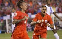 Sanchez, Vargas tỏa sáng, Chile ngược dòng vào tứ kết