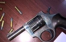 Mang súng từ Vĩnh Long đến Kiên Giang giải quyết mâu thuẫn