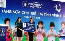 Vinamilk tặng gần 130.000 ly sữa cho trẻ em Vĩnh Long