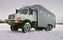 Căn nhà di động Mercedes-Benz Zetros 6x6 Mobile Home giá 2 triệu USD
