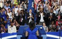 """Bà Obama """"cứu"""" đại hội Đảng Dân chủ"""