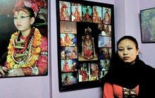 """Cuộc sống kỳ lạ của """"Kumari"""""""