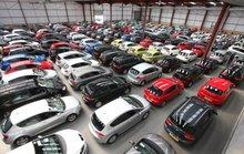Ô tô cũ siêu giảm giá vẫn khó bán