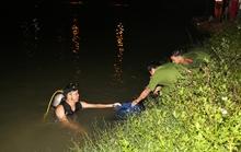 3 nữ sinh viên gặp nạn không có kinh nghiệm qua suối