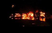 Vụ tai nạn thảm khốc ở Bình Thuận: Xé lòng tiếng kêu cứu