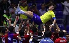 Bức ảnh cầu thủ Iran tôn vinh Falcao gây bão mạng