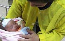 Được sưởi than, bé 36 ngày tuổi ngừng hô hấp, tuần hoàn