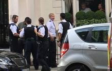 HLV Mourinho điếng hồn vì bị trộm viếng nhà