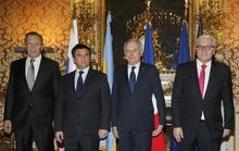 Ukraine buông tay miền Đông?