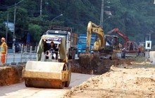 """""""Hầu hết các dự án vốn vay Trung Quốc đều đội vốn, kéo dài"""""""