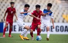 HLV Kyrgyzstan bất ngờ khi U16 Việt Nam không sụp đổ sau bàn thua sớm