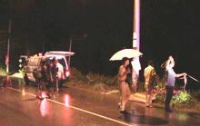 Xe máy phóng nhanh đâm cột điện, 2 thiếu niên chết thảm