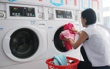 Cửa hàng giặt sấy tự phục vụ nở rộ ở Sài Gòn