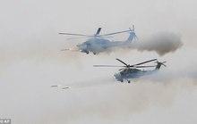 Trực thăng Nga bắn rốc-két nhầm người đứng xem tập trận