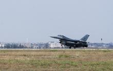 Đến hỗ trợ Thổ Nhĩ Kỳ, máy bay Mỹ… ngó chơi