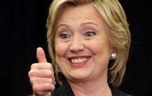 Bà Clinton vui mừng trên nỗi đau của ông Trump