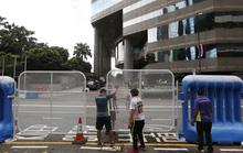 Hồng Kông dựng 300 rào chắn bảo vệ Chủ tịch Trung Quốc