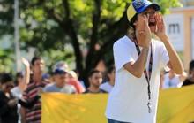 Venezuela chặn cuộc nổi dậy ở căn cứ quân sự
