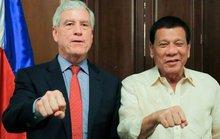 Trùm tình báo Úc khổ vì nắm đấm cạnh tổng thống Philippines