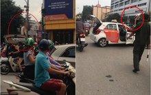 Bị CSGT dừng xe, tài xế taxi ăn vạ rồi nói mới ra tù