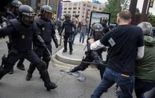 Hơn 840 người bị thương, Catalonia có quyền độc lập