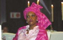 Chi 1,35 triệu USD, đệ nhất phu nhân Zimbabwe nhận nhẫn... 30.000 USD