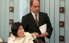 LHQ họp báo, người phụ nữ Triều Tiên khóc đòi về nước