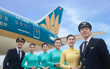 Vietnam Airlines chính thức lên sàn, giá tăng kịch trần