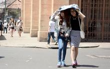 Cảnh báo khẩn về nắng nóng ở Sài Gòn
