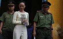 Xét xử hoa hậu Phương Nga: Khai gian có thể bị xử tù