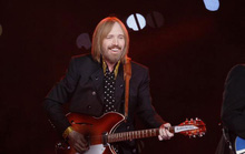 Thế giới vĩnh biệt ngôi sao nhạc rock Tom Petty