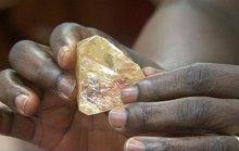 Tự nguyện nộp viên kim cương 706 carat cho chính phủ