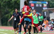 Bóng đá nữ tiến gần ngôi vô địch
