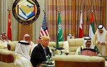 Tổng thống Trump xoa dịu người Hồi giáo