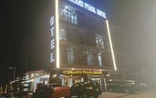 Khách sạn phát hoả, khách nháo nhào tháo chạy trong đêm