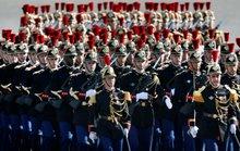 Cận cảnh lễ duyệt binh hoành tráng tại Pháp