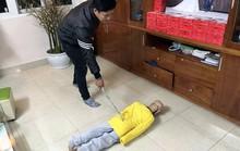 Bố chế dụng cụ tra tấn con trai 10 tuổi