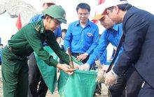 """Hà Tĩnh: Phát động chương trình """"Hãy làm sạch biển"""""""