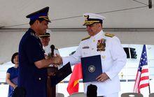 Mỹ bàn giao tàu tuần duyên loại lớn cho Việt Nam